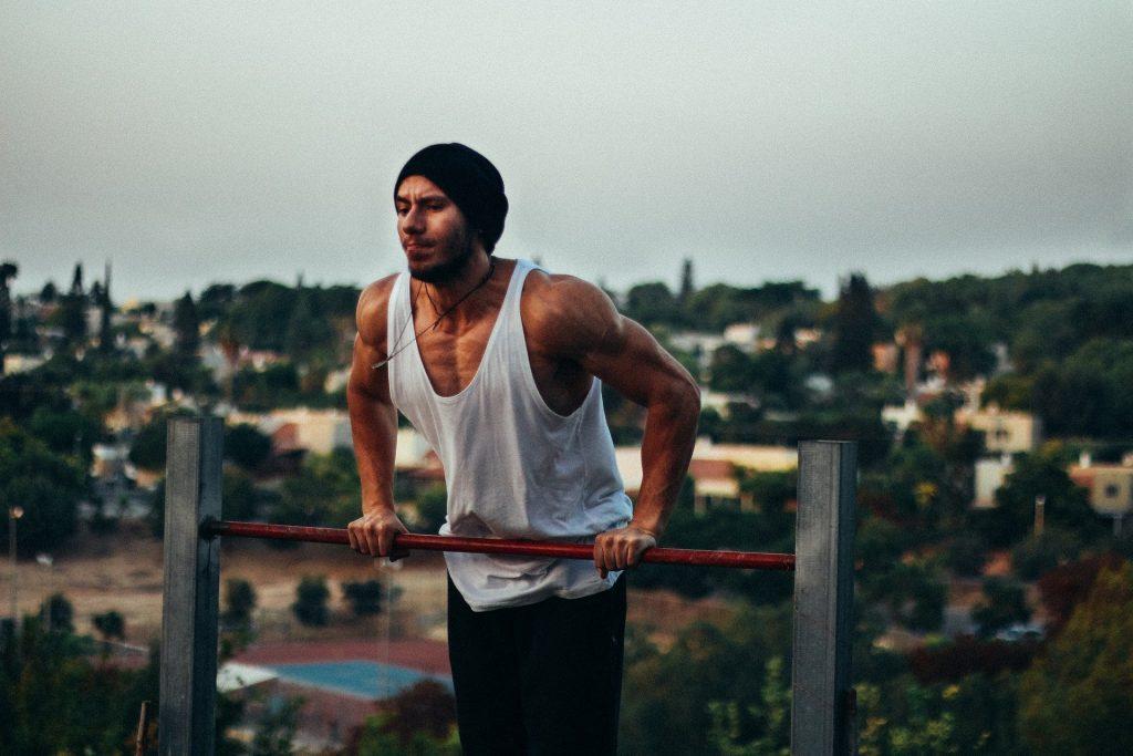 Muscle-up- ćwiczenie dla prawdziwych twardzieli